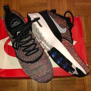 NWB Nike Air Thea Max, size 9.5 (UK 7)